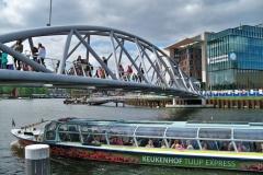 2-amsterdam-canals-keukenhof-season